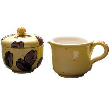 Sugar bowl with lid and creamer - yellow with coffee bean design